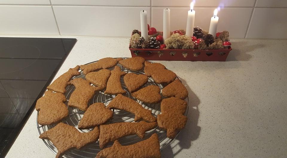 クリスマスにジンジャークッキーを作ろう♪