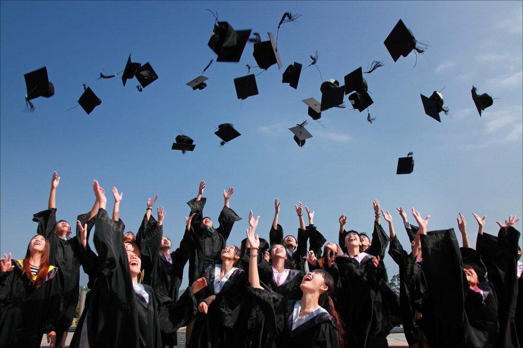 スウェーデンでビジネスと経済学の修士号を取得する